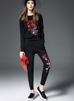 Brief Rose Pattern Knitted Pant Suits