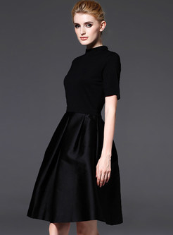 Elegant Short Sleeve Patch Pleated Skater Dress