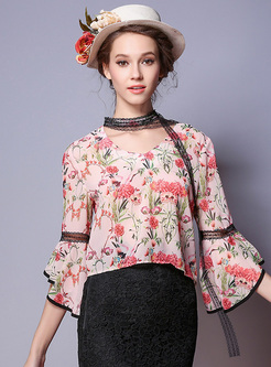 Ethnic Floral Print Flare Sleeve Blouse