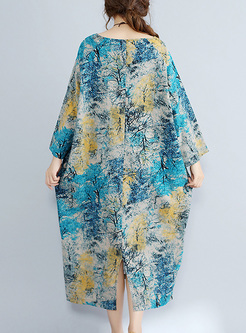 Street Print V-neck Oversized Shift Dress