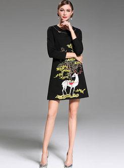 Black Vintage Embroidered Loose Shift Dress