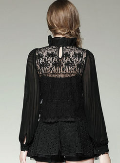 Stylish Lantern Sleeve Wrinkle Lace Splicing Blouse