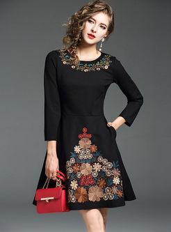 Black Vintage Embroidery O-neck Skater Dress
