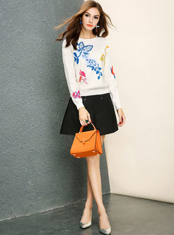 Sweet Embroidery O-neck Long Sleeve Sweater
