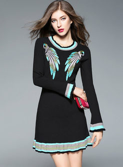 Sweet Embroidery Stringy Selvedge Knitted Dress