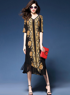 Vintage Print V-neck Loose Dress