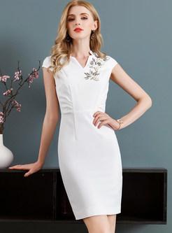 White V-neck Slim Sleeveless Bodycon Dress