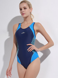 Hit Color Scoop Neckline One Piece Swimwear