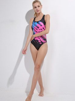 Hit Color Scoop Neckline One Piece Swimwear