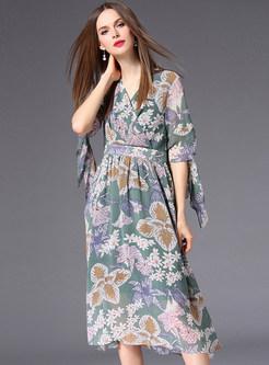 Flower Print V-neck Flare Sleeve Midi Dress
