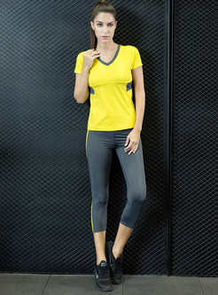 V-neck Short Sleeve Top & Slim Yoga Pants