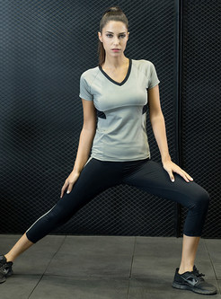 V-neck Short Sleeve Top & Slim Yoga Pants