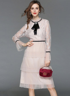 Sweet Lace Splicing Flare Sleeve Mesh Dress