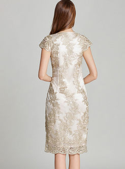 Elegant Lace Embroidery Slim Formal Dress