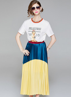 White Print T-shirt & Hit Color Pleated Skirt