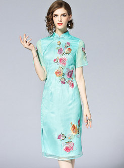 Green Vintage Embroidery Improved Cheongsam Dress