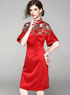 Red Stand Collar Embroidery Improved Cheongsam Dress