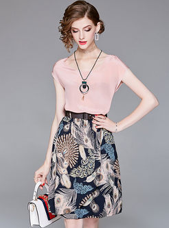Brief Chiffon Pink Top & A Line Print Skirt