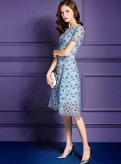 Blue Mesh Waist Splicing Lace Dress