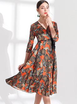 Three Quarter Sleeve Tied Print Slim Dress