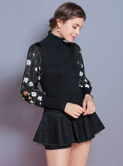 Black Lantern Sleeve Embroidered Slim Sweater