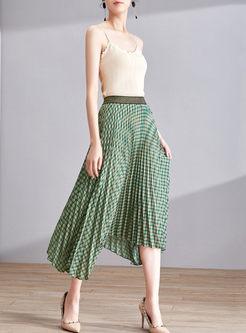 Grid Asymmetric Hem Pleated Skirt