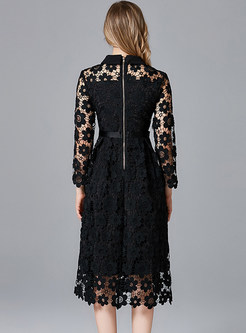 Black Lapel Hollow Out Plus Size Lace Dress
