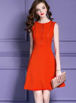 Fashion Sleeveless Monochrome Lace-up Skater Dress