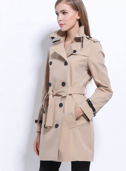 Fashion Khaki Double-breasted Slim Trench Coat With Epaulettes