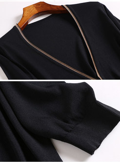 V-neck Three Quarters Sleeve Zip-up Short Blouse