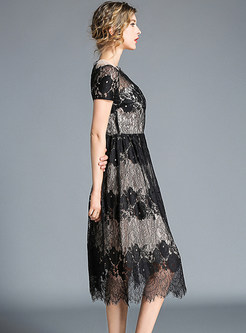 Sexy Mesh O-neck Splicing Lace Shors Sleeve Dress