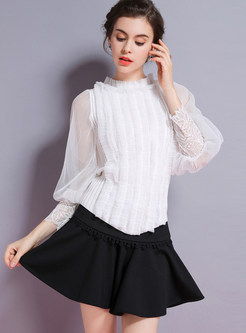 Pure Color Mesh Lantern Sleeve Stitching Lace Knitted Top