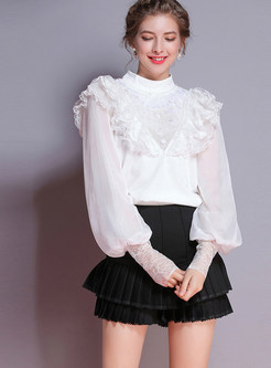 White Mesh Splicing Sequined Lace Flouncing Knitted Blouse