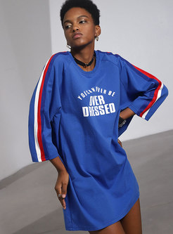 Striped Splicing Letter Print O-neck Loose Sweatshirt