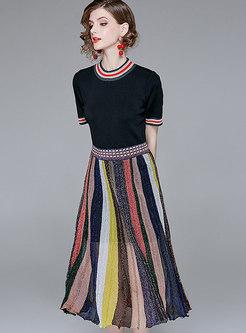 Brief Black T-Shirt & Rainbow Striped Big Hem Skirt