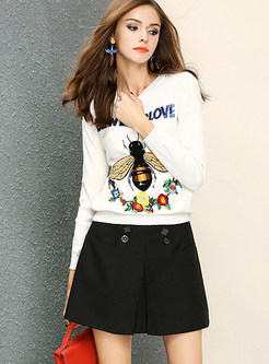 Stylish Bee Embroidered O-neck Long Sleeve Sweater