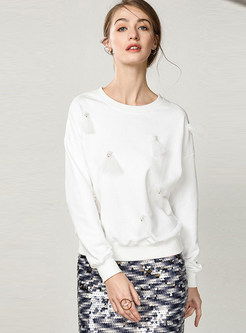 White O-neck Long Sleeve Beaded Loose Sweatshirt