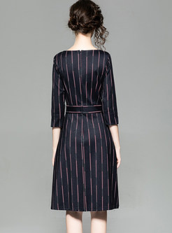 O-neck Three Quarters Sleeve Striped Waist Dress