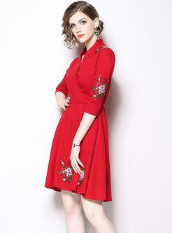 Chic Embroidered V-neck Gathered Waist Slim Dress