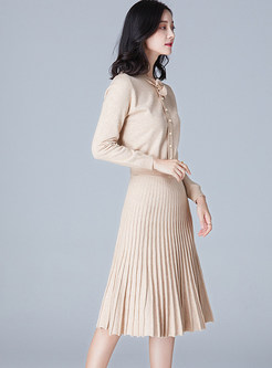 Elegant Single-breasted Bowknot Knitted Top & Pleated Skirt