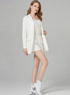 Brief White V-neck Slim Blazer & White Shorts
