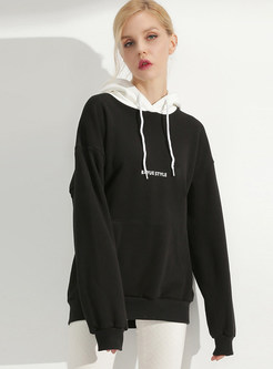 Stylish Letter Print Loose Pocket Sweatshirt