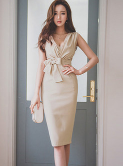 Sexy V-neck Sleeveless Bowknot Bodycon Dress