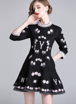 Fashion Standing Collar Stereoscopic Embroidery Dress