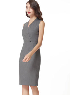Fashion V-neck Sleeveless Bottoming Sheath Dress