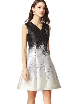 Stylish Silver V-neck Gradient Print A Line Dress