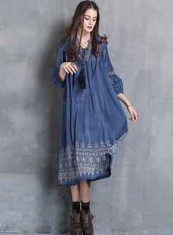 Loose V-neck Tied Lantern Sleeve Embroidered Dress