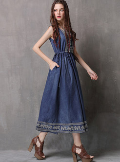 O-neck Sleeveless Embroidered Waist Skater Dress