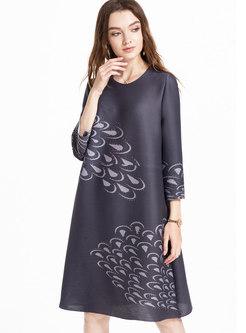 Grey O-neck Pleated Straight Dress With Big Hem