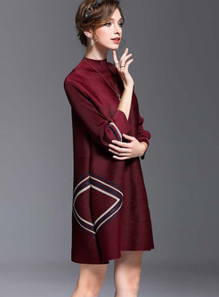 Stylish Wine Red Geometric Pattern Elastic Shift Dress